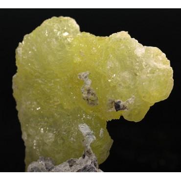 Mineral brucita