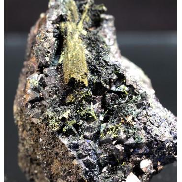 Uralita mineral X3239