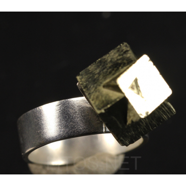 Anillo de meteorito