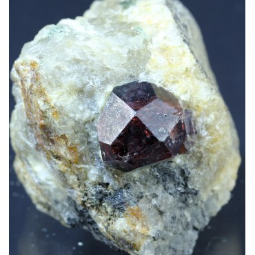 Mineral Granate Almandino X1063