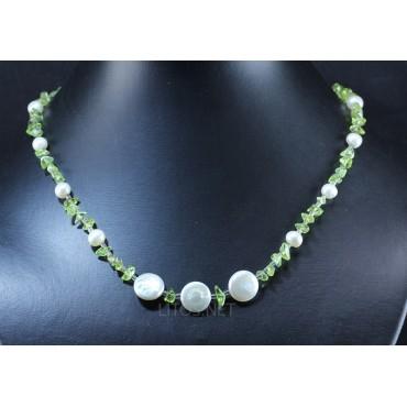 Collar de perla y olivino