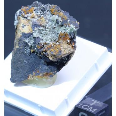 Mineral piromorfita X1360