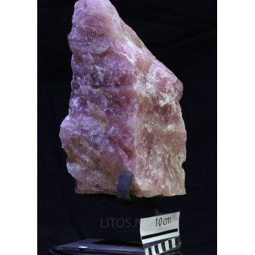 Mineral cuarzo rosa en bruto