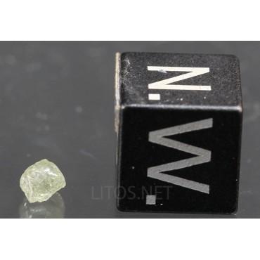 Mineral diamante octaédrico