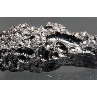 Meteorito tectita indochinita
