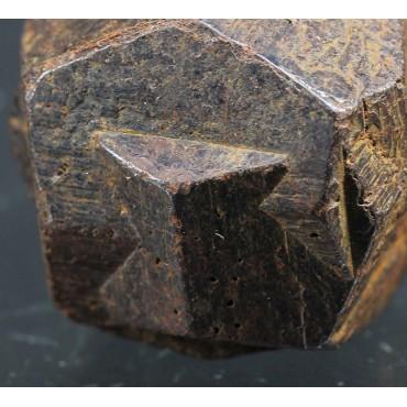 Pirita cruz de hierro
